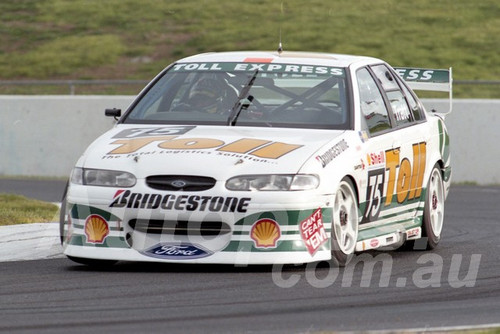 98104 - Anthony Tratt, Falcon EL - ATCC Calder 1998- Photographer Marshall Cass