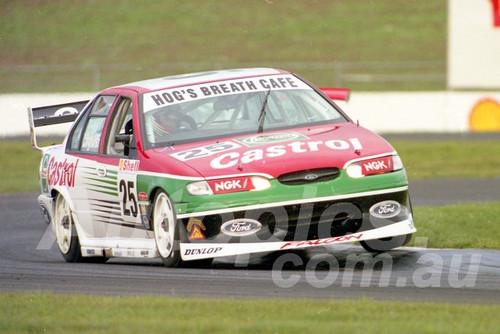 98116 - Tony Longhurst, Falcon EL - ATCC Calder 1998- Photographer Marshall Cass