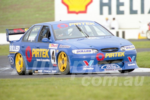 98118 - Jason Bright, Falcon EL - ATCC Calder 1998- Photographer Marshall Cass