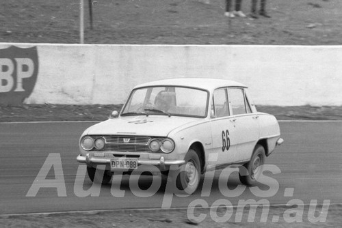65091 -  Colin Bond Isuzu Bellett - Oran Park 1965 - Photographer Lance J Ruting