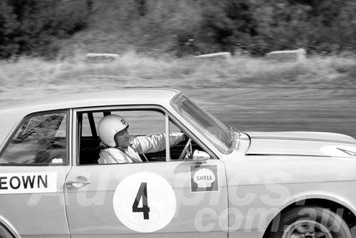 700012 - Jim McKeown, Lotus Cortina -  Hume Weir 1970