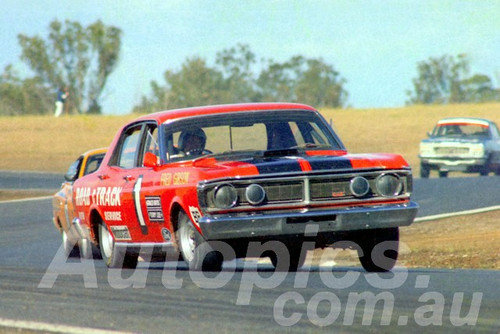 72557 - Fred Gibson, Falcon XY GTHO - Oran Park 1972- Photographer Lance J Ruting