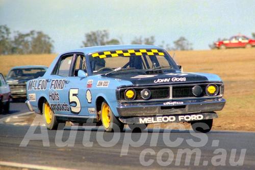 72558 - John Goss, Falcon XY GTHO - Oran Park 1972- Photographer Lance J Ruting