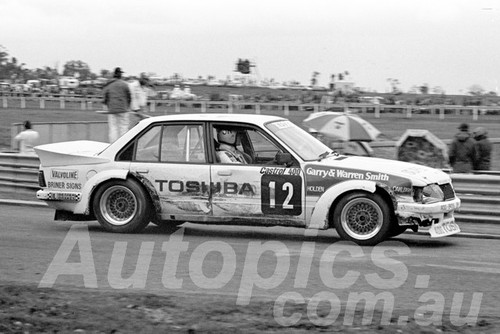 83101 - Jim Keogh, VH Commodore - Sandown 1983 - Photographer Peter D'Abbs