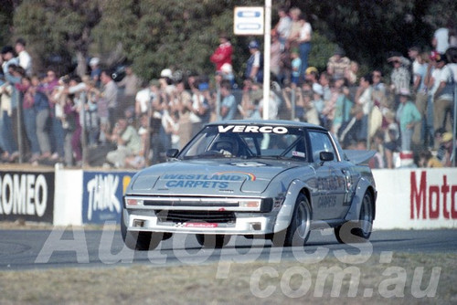 83103 - Les Verco, Mazda RX7 - Wanneroo April 1983 - Photographer Tony Burton