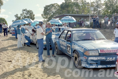 83105 - Dick Johnson, Falcon XE - Wanneroo April 1983 - Photographer Tony Burton