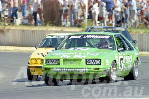 85083 - Dick Johnson, Mustang - Wanneroo March 1985 - Photographer Tony Burton