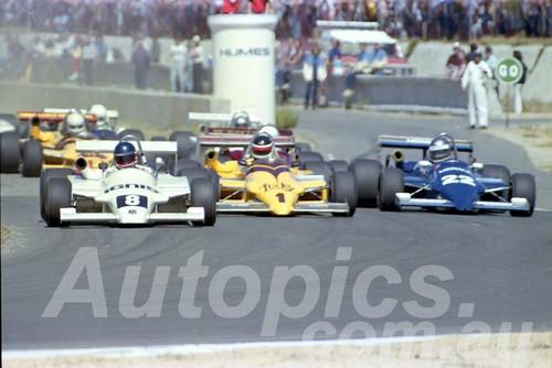 85089 - Graham Watson, John Bowe & Peter Hopwood, Ralt - Wanneroo March 1985 - Photographer Tony Burton