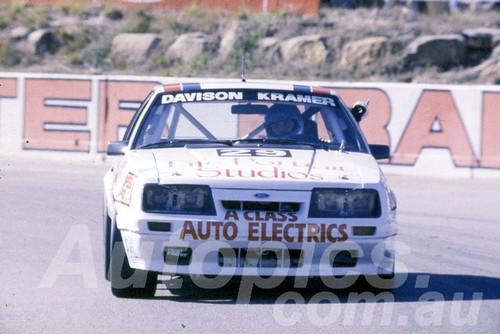 86104 - Ken Davison & Wally Kramer, Mustang - Amaroo 1986 - Photographer Ray Simpson