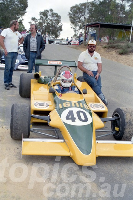 87121 - Geoff Nicol, Ralt RT4 -  Wanneroo April 1987 - Photographer Tony Burton