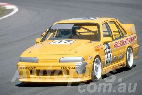 89065 - Brian Callaghan, VL Commodore - Amaroo 1989 - Photographer Lance Rutting