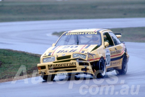 89066 - Neville Crichton Sierra RS500 - Winton 1989 - Photographer Ray Simpson