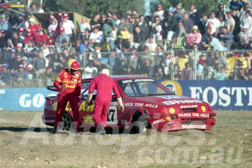 90036 - Dick Johnson, Sierra RS500 - Wanneroo  24th June 1990 - Photographer Tony Burton
