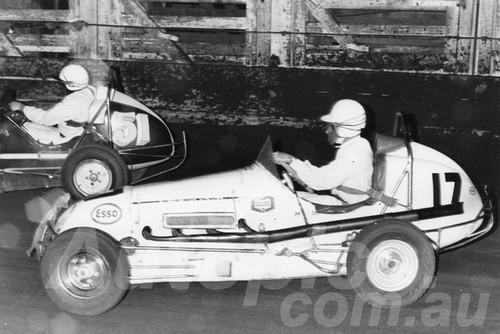66113 - Peter Cunneen #17 Sid Clarke # 51 - Sydney Showground Speedway