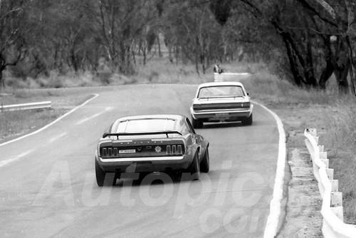 72579 - Ian (Pete) Geoghegan, Falcon & Allan Moffat Mustang - ATCC Bathurst 1972