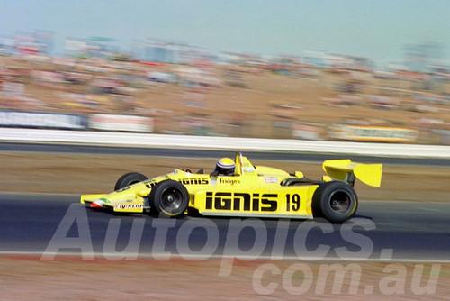 84533 - Roberto Moreno -  Ralt  RT4 - AGP Calder 1984 - Photographer Peter D'Abbs