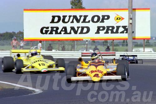 84535 - John Bowe & Roberto Moreno -  Ralt  RT4 - AGP Calder 1984 - Photographer Peter D'Abbs
