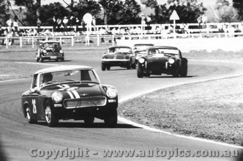 66424 - R. Haylen Austin Healey Sprite / R. Thorp  AC Cobra  -Warwick Farm 18/9/1966 - Photographer Lance Ruting