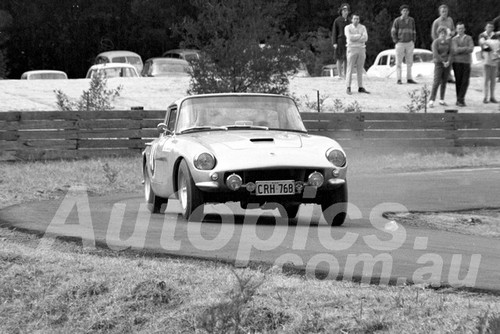 64153 - Ian Hindmars, Hunter - Silverdale Hill Climb - 19th July 1964 - Photographer Lance J Ruting