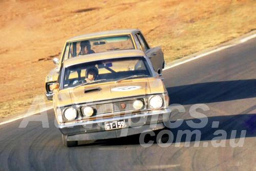 700019 - David Birks, Falcon XW - Oran Park 1970 - Photographer Lance J Ruting