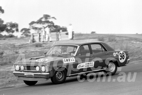 700030 - John Stewart, Falcon XW GTHO - Amaroo Park 1970 - Photographer Lance J Ruting