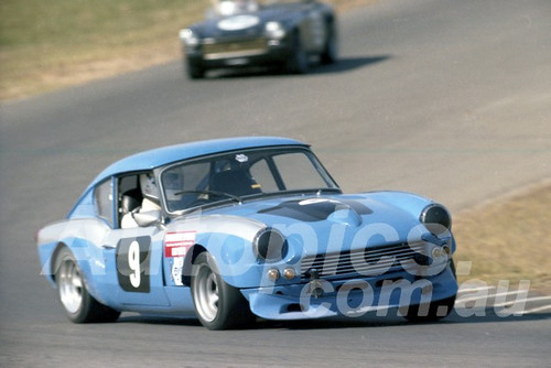 80109 - Richard Pierce, Triumph GT6 - Oran Park 13th April 1980 - Photographer Lance J Ruting