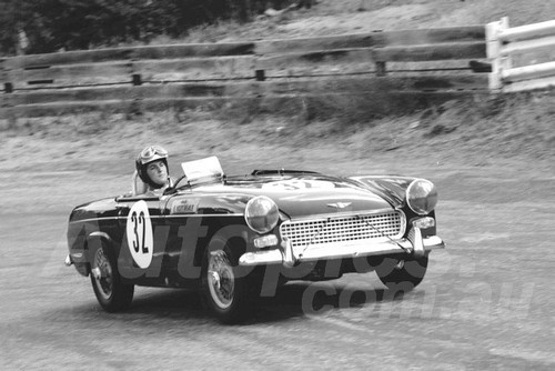 67322 - B. Nightingale, Austin Healey Sprite - Australian Hill Climb Championships Bathurst 26th November 1967 - Photographer Lance J Ruting