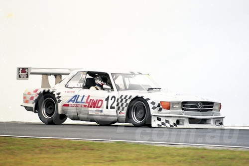 202782 - Geoff Munday, Mercedese Benz - Sports Sedan - Phillip Island 2002 - Photographer Marshall Cass