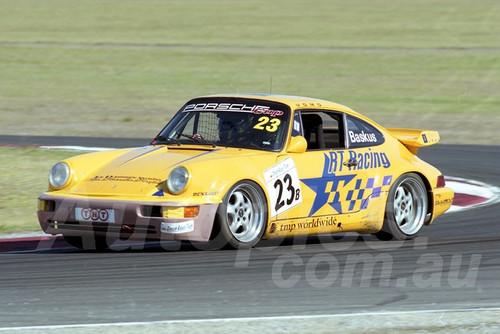 202792 - Richard Baskus, Porsche 911 Carrera - Phillip Island 2002 - Photographer Marshall Cass