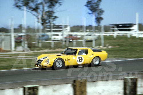 66120- Kevin Bartlet Alfa Romeo GTZ - Warwick Farm 13th February 1966 - Photographer Derek Hinde