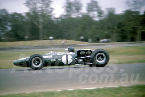 66128 - Jim Clark Lotus 39 - Warwick Farm 13th February 1966 - Photographer Derek Hinde