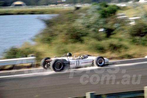 68262 - Fred Gibson Brabham Climax - Warwick Farm 18th February 1968 - Photographer Lance Ruting