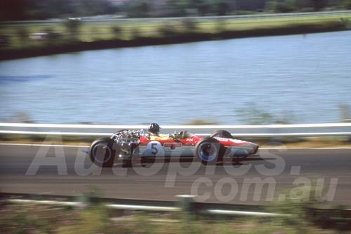 68263 - Graham Hill Lotus 49 - Warwick Farm 18th February 1968 - Photographer Lance Ruting