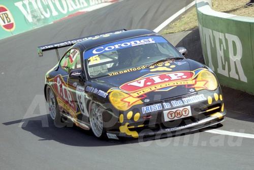 202813 - Tony Quinn - Porsche 996 GT3  - Bathurst 13th October 2002 - Photographer Marshall Cass