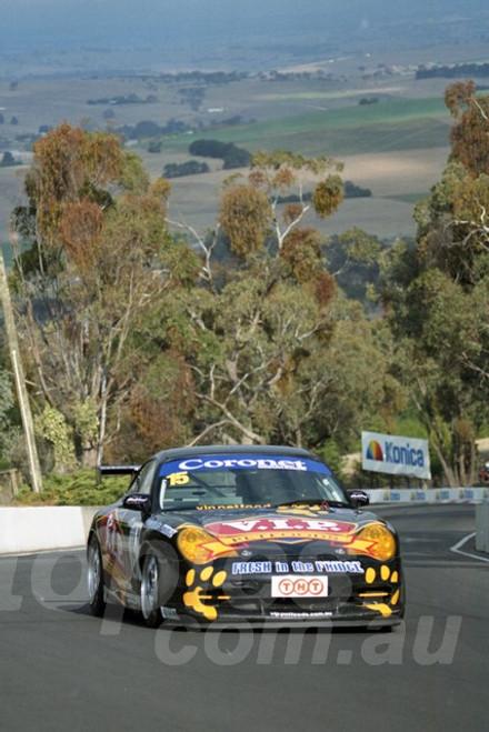 202814 - Tony Quinn - Porsche 996 GT3  - Bathurst 13th October 2002 - Photographer Marshall Cass