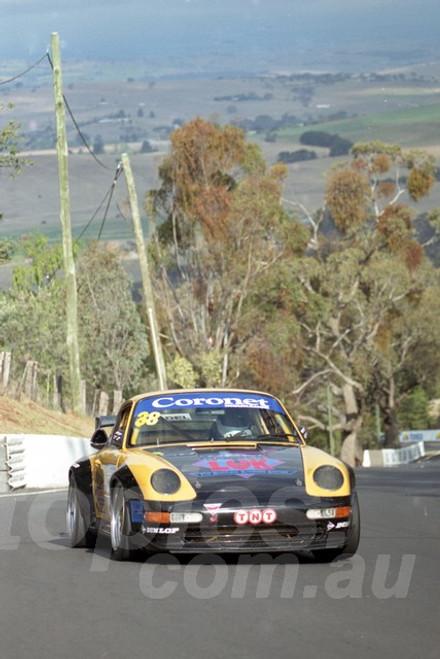202832 - Michael Minshall - Porsche GT2 - Bathurst 13th October 2002 - Photographer Marshall Cass