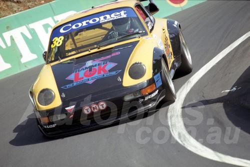 202833 - Michael Minshall - Porsche GT2 - Bathurst 13th October 2002 - Photographer Marshall Cass