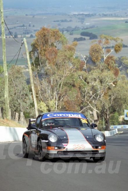 202835 - Bryan Taylor - Porsche 993 RS - Bathurst 13th October 2002 - Photographer Marshall Cass
