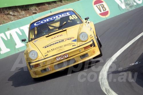 202836 - Russell Kempnich - Porsche 930S - Bathurst 13th October 2002 - Photographer Marshall Cass