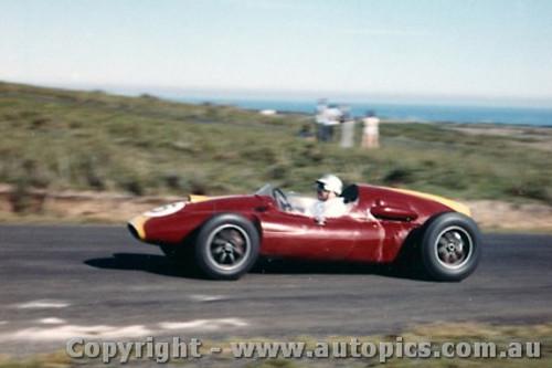 60509 - B. Stillwell  Cooper Climax - Phillip Island 23rd October 1960