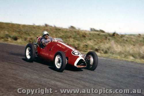 60514 - John Smart - Para Holden - Phillip Island 23rd October 1960