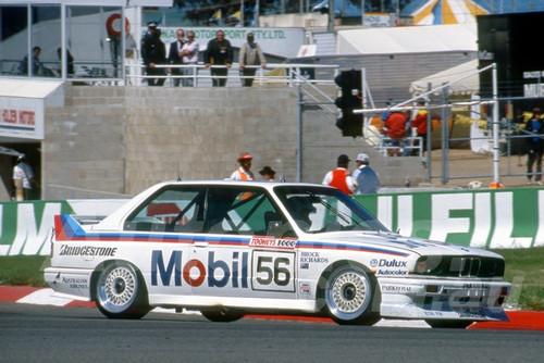 88903 - PETER BROCK / NEIL CROMPTON / RICHARDS, BMW M3 - Bathurst 1000, 1988 - Photographer Lance J Ruting