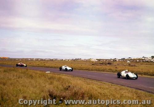 60515 - W. Patterson - S. Jones-  B. Stillwell  Cooper Climax - Phillip Island 18th September 1960