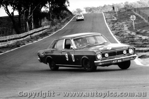 68734 -Fred Gibson / Barry Seton Falcon XT-GT - Bathurst 1968