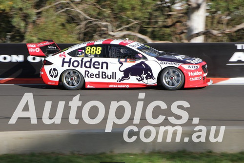 19393 - Craig Lowndes & Jamie Whincup, Holden Commodore ZB - Bathurst 1000, 2019