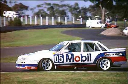 87012  -   Peter Brock Commodore VL - Sandown 1987