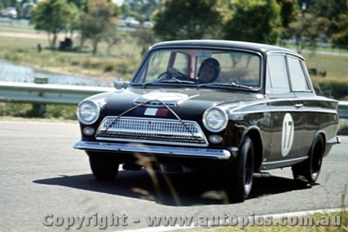 64033 - Leo Geoghegan Cortina GT - Warwick Farm  1964 - Photographer Richard Austin