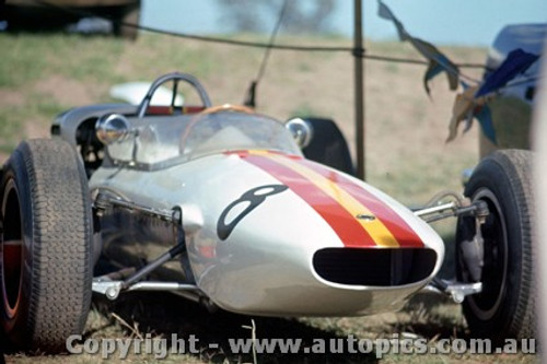64520 - B. Jane Elfin Ford - Horden Trophy Gold Star Warwick Farm 1964 - Photographer Richard Austin