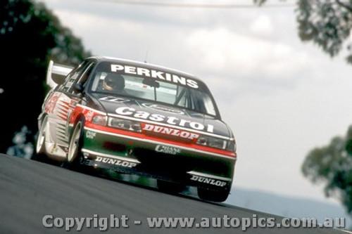 93724  -  L. Perkins / G. Hansford  -  Bathurst 1993 - 1st Outright - Holden Commodore VP