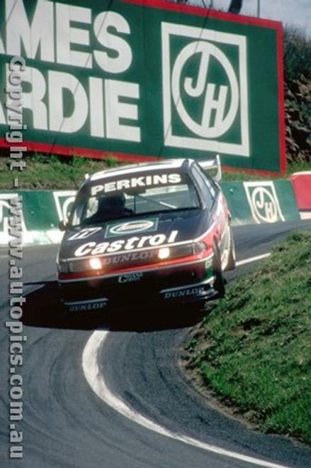 93728  -  L. Perkins / G. Hansford  -  Bathurst 1993 - 1st Outright - Holden Commodore VP